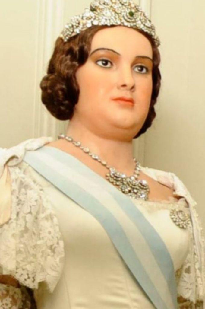 Figura cera Isabel II