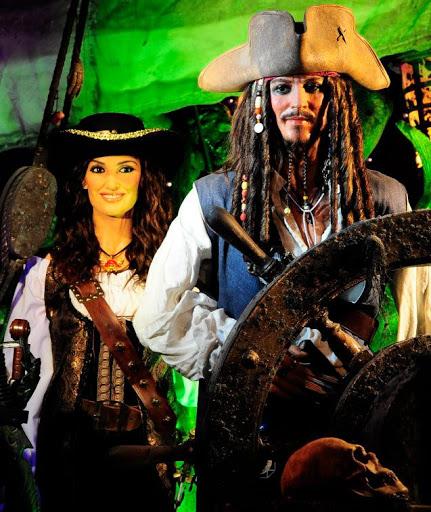 figuras de cera de piratas del caribe